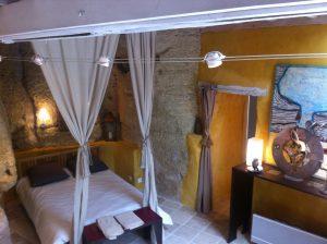 Troglodyte suite www.loirevalleystay.com